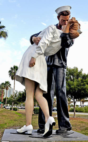 Wall Art - Photograph - Nurse And Sailor Kissing Statue Unconditional Surrender Daytime  by Sally Rockefeller