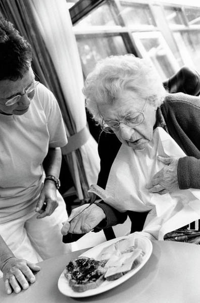 Wall Art - Photograph - Nursing Home by Henny Allis/science Photo Library