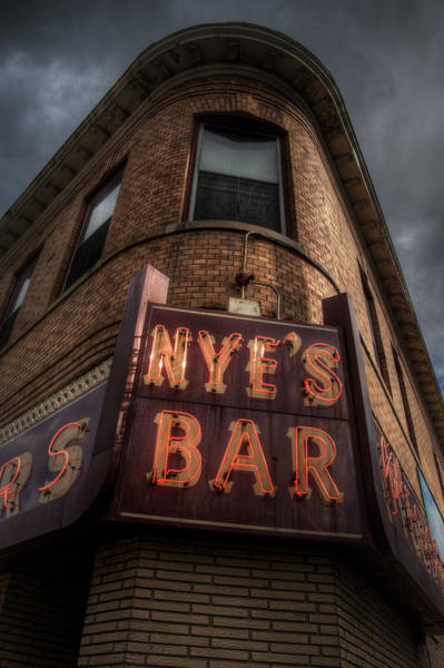 Minneapolis Photograph - Nye's Bar by Bryan Scott