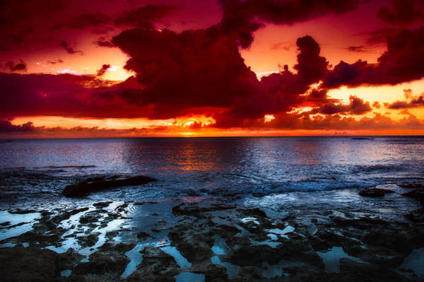 Photograph - Oahu Sunset by Harry Spitz