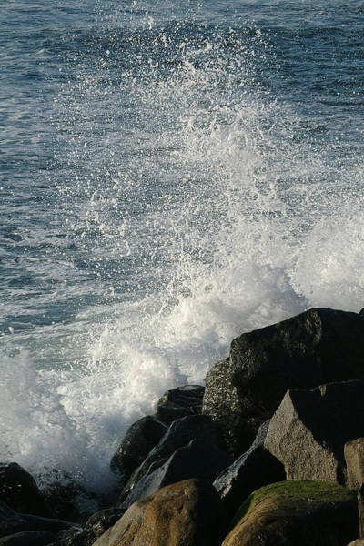 Photograph - Ocean Beach Splash 1 by Wesley Elsberry