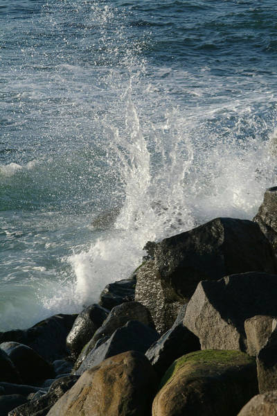Photograph - Ocean Beach Splash 2 by Wesley Elsberry