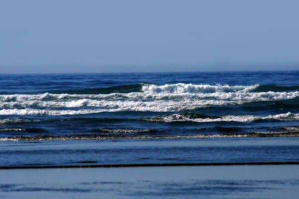 Photograph - Ocean Blue by CE Haynes