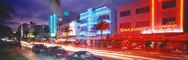 Outdoor Cafe Photograph - Ocean Drive, Miami Beach, Miami by Panoramic Images