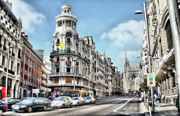 Photograph - Oh Madrid by Pedro Fernandez