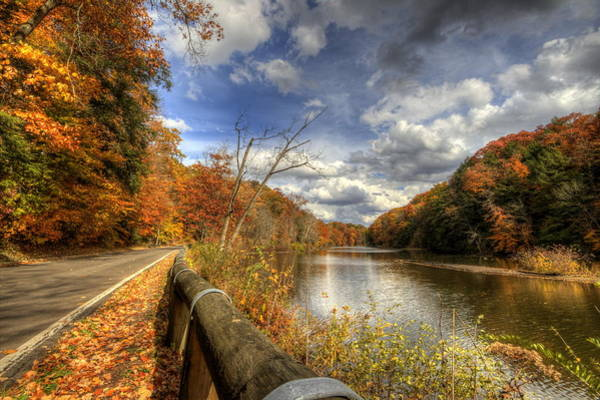 Photograph - Ohio Fall Scene At Mill Creek Park by David Dufresne