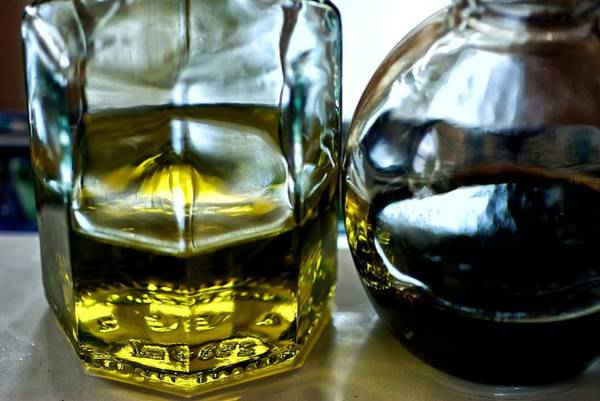 Oil And Vinegar 2 Art Print by Guillermo Hakim