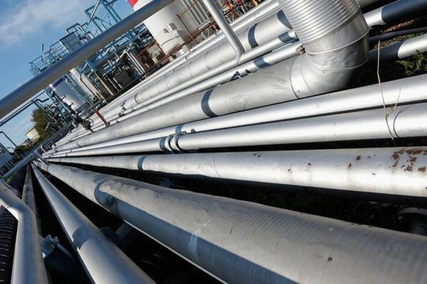 Wall Art - Photograph - Oil Pipework On Refinery by Christian Lagerek/science Photo Library