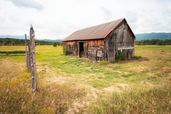 Photograph - Old Barn On Highway 86 - Rustic Barn by Gary Heller