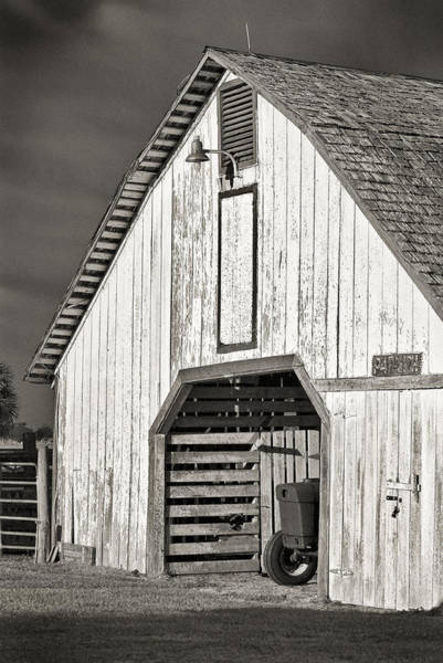 Photograph - Old Barn by Patrick M Lynch