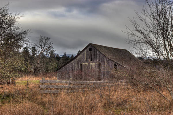 Photograph - Old Barn by Randy Hall