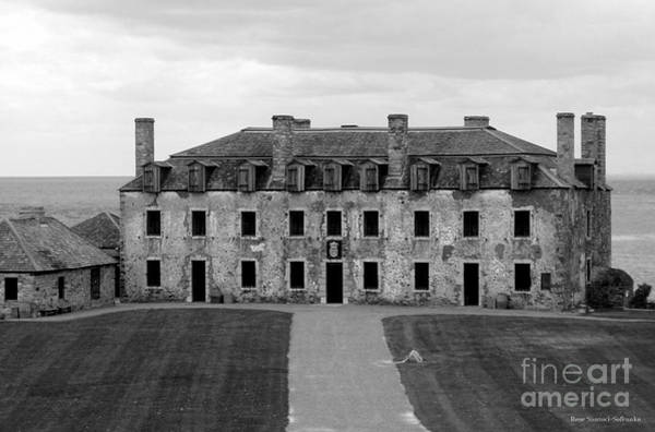 Photograph - Old Fort Niagara French Castle And Bake House by Rose Santuci-Sofranko