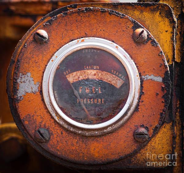 Photograph - Old Fuel Gauge by Les Palenik