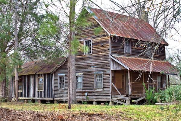 Photograph - Old Georgia Farmhouse by Gordon Elwell