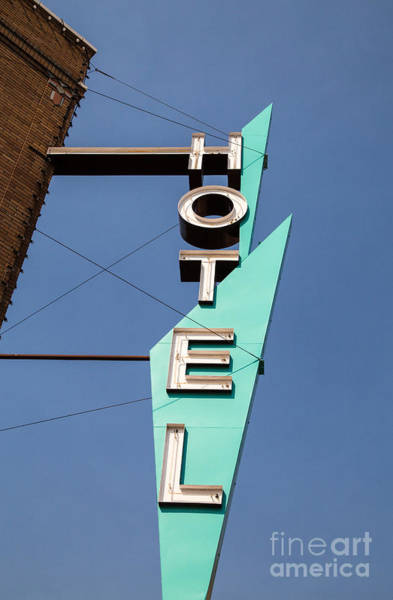 Vintage Neon Sign Photograph - Old Neon Hotel Sign by Edward Fielding