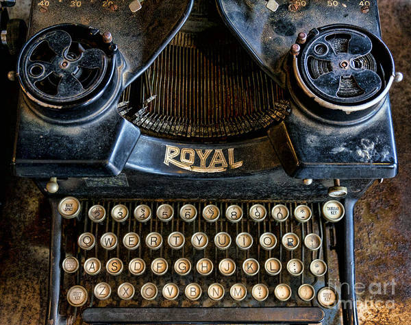 Wall Art - Photograph - Dusty Old Royal Typewriter by William Kuta