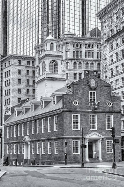 Photograph - Old State House Iv by Clarence Holmes
