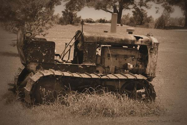 Wall Art - Photograph - Old Tractor by Tara Potts