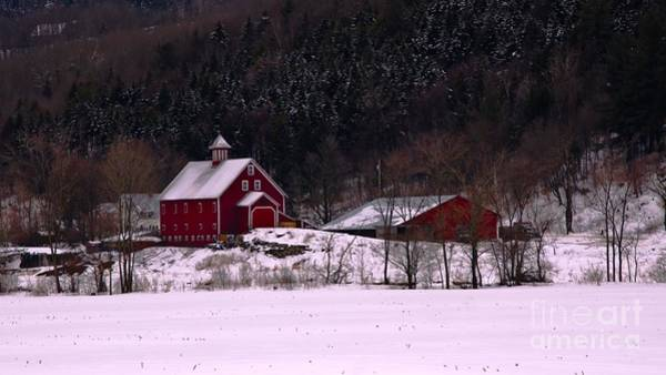 Waitsfield Photograph - Old Vermont Farm. by New England Photography
