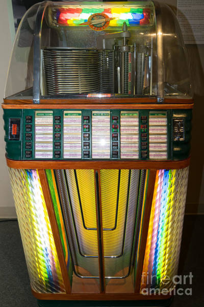 Photograph - Old Vintage Rock Ola Jukebox Dsc2755 by Wingsdomain Art and Photography