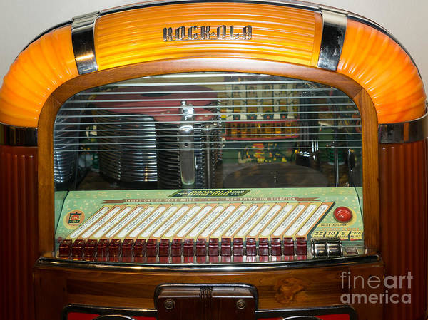 Photograph - Old Vintage Rock Ola Jukebox Dsc2794 by Wingsdomain Art and Photography