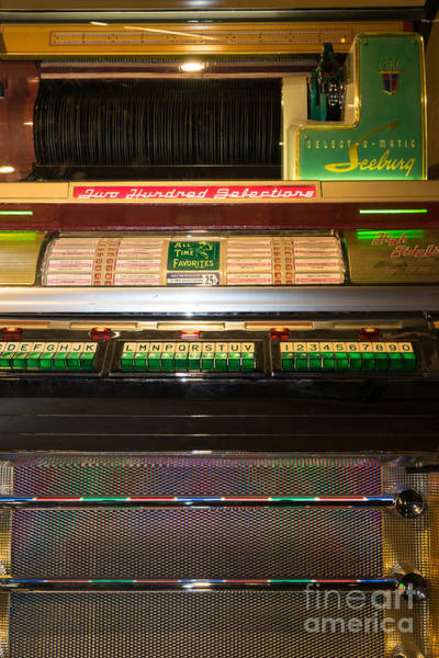 Photograph - Old Vintage Seeburg Jukebox Dsc2768 by Wingsdomain Art and Photography