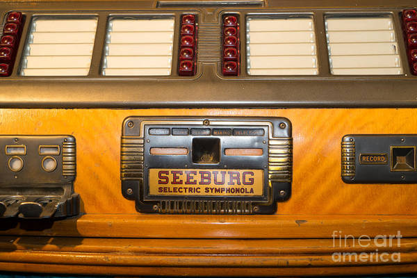 Photograph - Old Vintage Seeburg Jukebox Dsc2805 by Wingsdomain Art and Photography