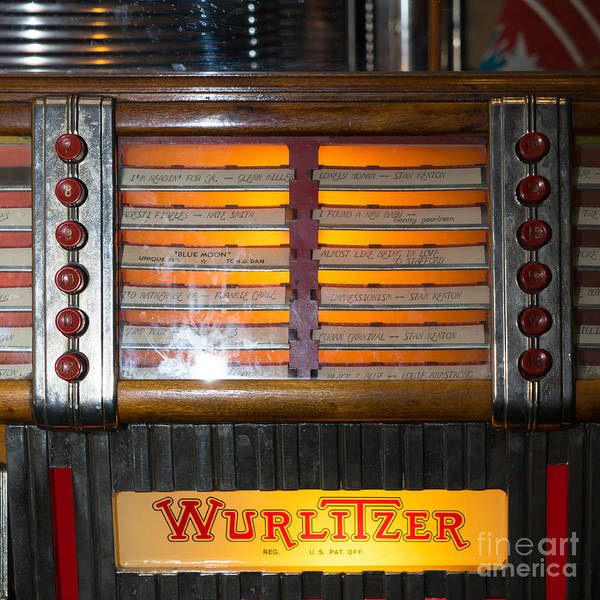 Wurlitzer Photograph - Old Vintage Wurlitzer Jukebox Dsc2706 Square by Wingsdomain Art and Photography