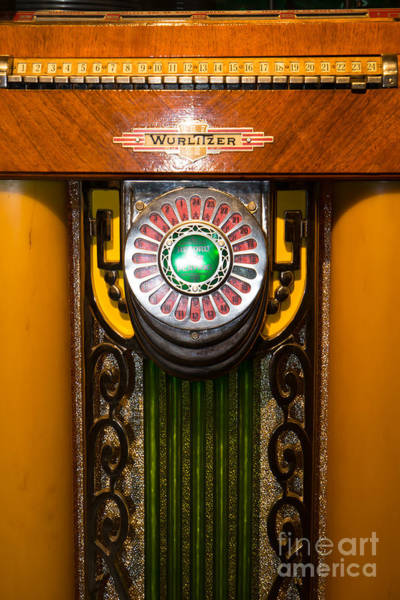 Wurlitzer Photograph - Old Vintage Wurlitzer Jukebox Dsc2806 by Wingsdomain Art and Photography