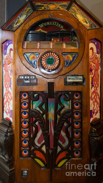 Photograph - Old Vintage Wurlitzer Jukebox Dsc2820 by Wingsdomain Art and Photography