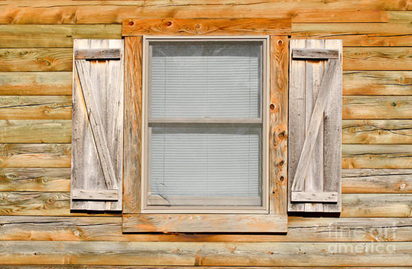 Photograph - Old Wooden Window by Les Palenik
