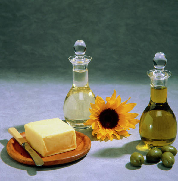 Olive Oil Photograph - Olive And Sunflower Oils by Sheila Terry/science Photo Library
