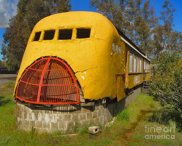 Photograph - Oneills Streamline Diner by Gregory Dyer