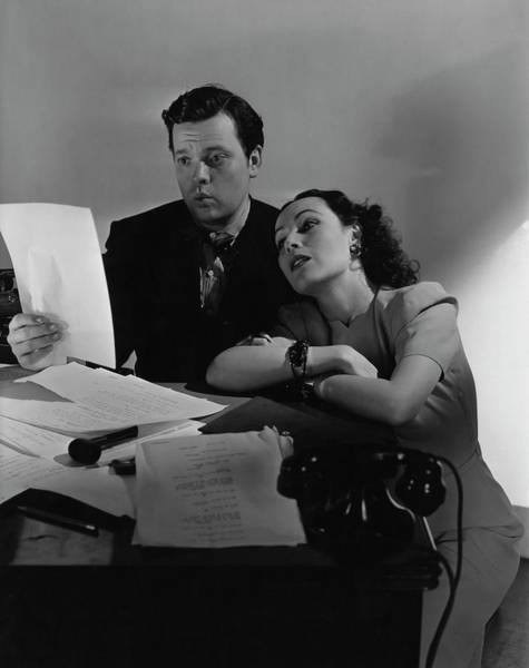 Reading Photograph - Orson Welles And Dolores Del Rio Sitting by Edward Steichen