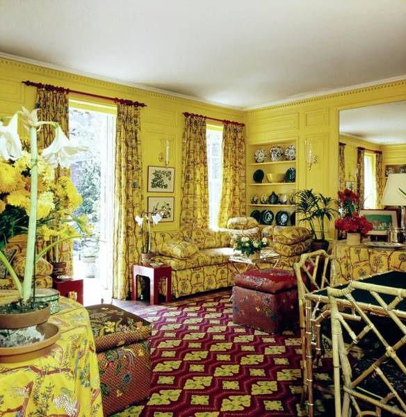 Yellow Flower Photograph - Oscar De La Renta's Dining Room by Horst P. Horst