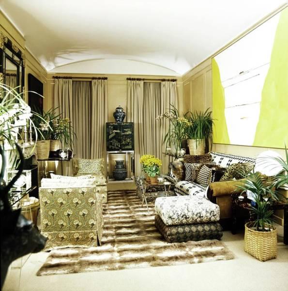 Residence Photograph - Oscar De La Renta's Living Room by Horst P. Horst