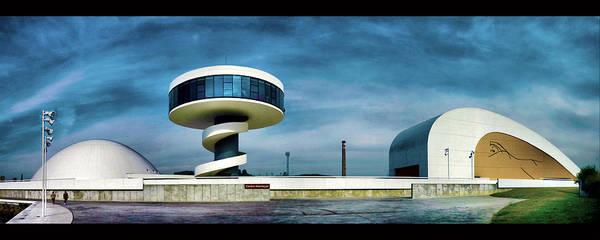 Photograph - Oscar Niemeyer's Legacy by Pedro Fernandez