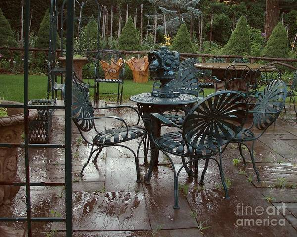 Photograph - Outdoor Cafe by Donna Cavanaugh