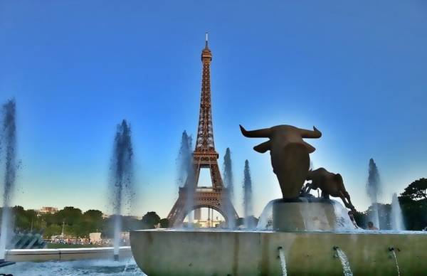Ico Wall Art - Photograph - Overlooking The Eiffel Tower by Mark J Dunn