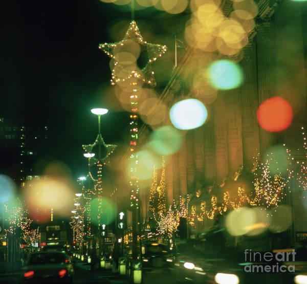 Lamp Post Photograph - Oxford Street At Christmas by Robert Hallmann