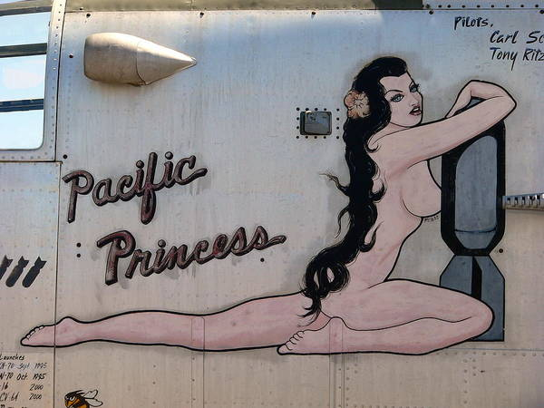 Photograph - Pacific Princess Nude by Jeff Lowe