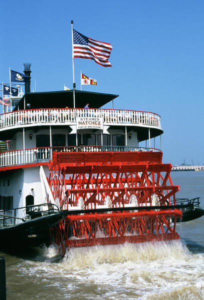 Paddling Photograph - Paddle Steamer by Paul Avis/science Photo Library