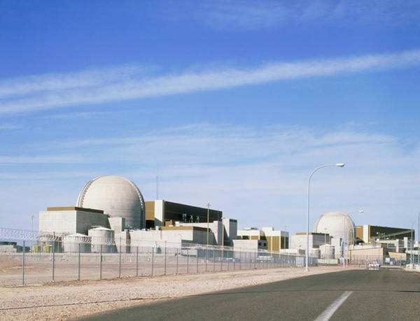 Verde Photograph - Palo Verde Pressurised Water Reactor Power Station by Martin Bond/science Photo Library