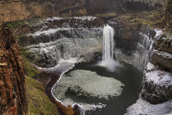 Plunge Photograph - Palouse Falls In Winter by Mark Kiver