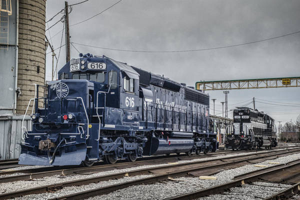 Finger Lakes Railway Photograph - Pan Am And Finger Lakes Railway At Madisonville Ky by Jim Pearson