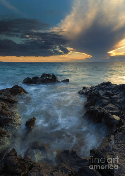 Maui Sunset Photograph - Paradise Cloud Explosion by Mike Dawson