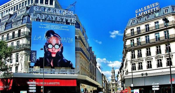 Galeries Lafayette Photograph - Paris Shopping by Greg Kear