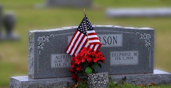 Elgin Photograph - Patriot Grave by Linda Phelps