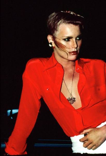 Pendant Photograph - Patti Hansen Wearing A Red Shirt by Arthur Elgort
