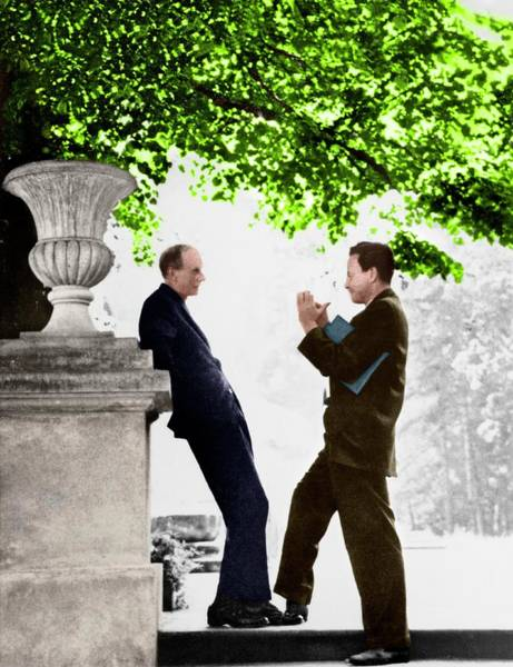 Wall Art - Photograph - Paul Dirac And Richard Feynman by Photograph A. John Coleman, Copyright Status Unknown. Coloured By Science Photo Library From A Monochrome Courtesy Of Physics Today Collection, American Institute Of Physics